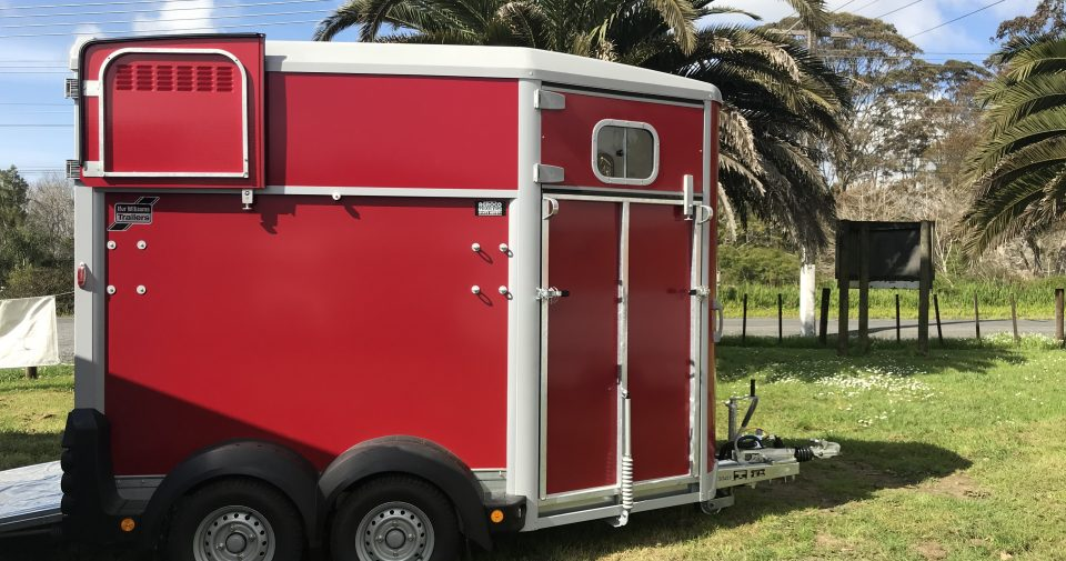 IFOR WILLIAMS HB506 HORSE FLOAT RED  !!!!SORRY NOW SOLD!!!!!